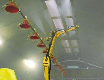 Buses de nettoyage montées sur rampes pour le lavage des plafonds