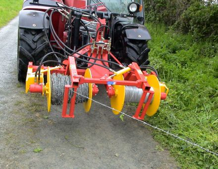 Enrouleuse /dérouleuse de fils de clôture 2 bobines