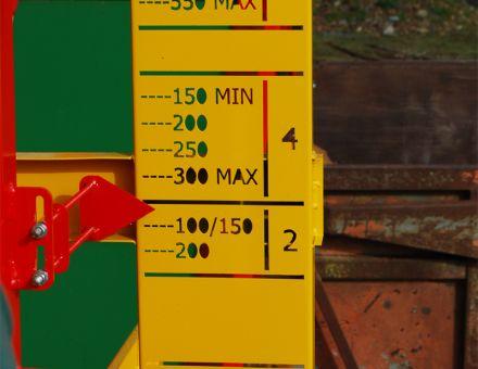 Réglage automatique de la croix de fendage selon le diamètre du bois