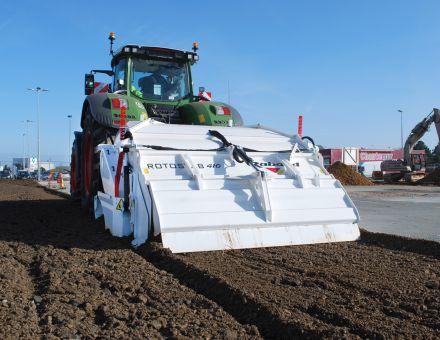ROTOSTAB 410 sur tracteur FENDT 500 CH