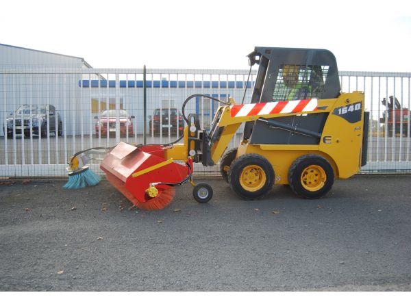 Balayage parking entreprise avec chargeur compact