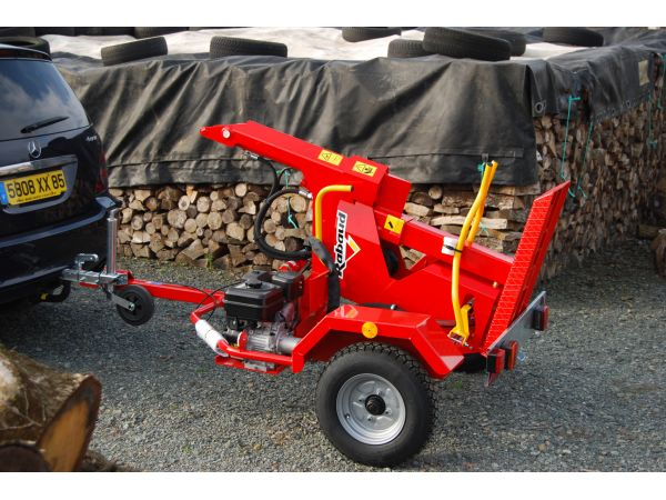 Heat enging log splitter  THERMAL F13  Rabaud ~ Fondeuse A Bois