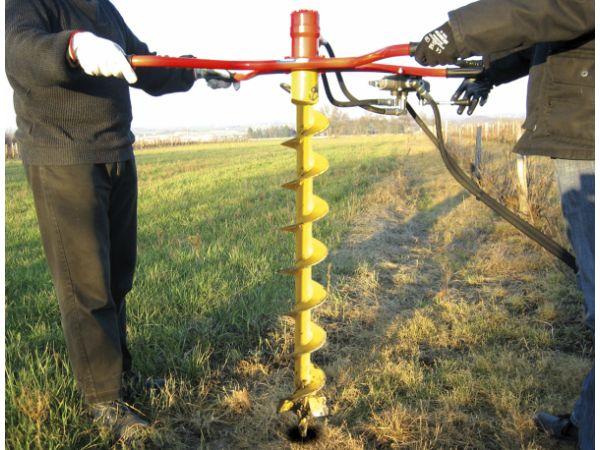 Tariere hydraulique pour tracteur