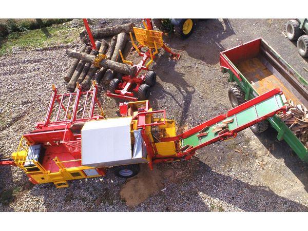 Vue aérien d'un chantier avec machine mobile