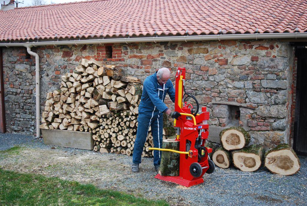Écaleuse à bois avec moteur électrique