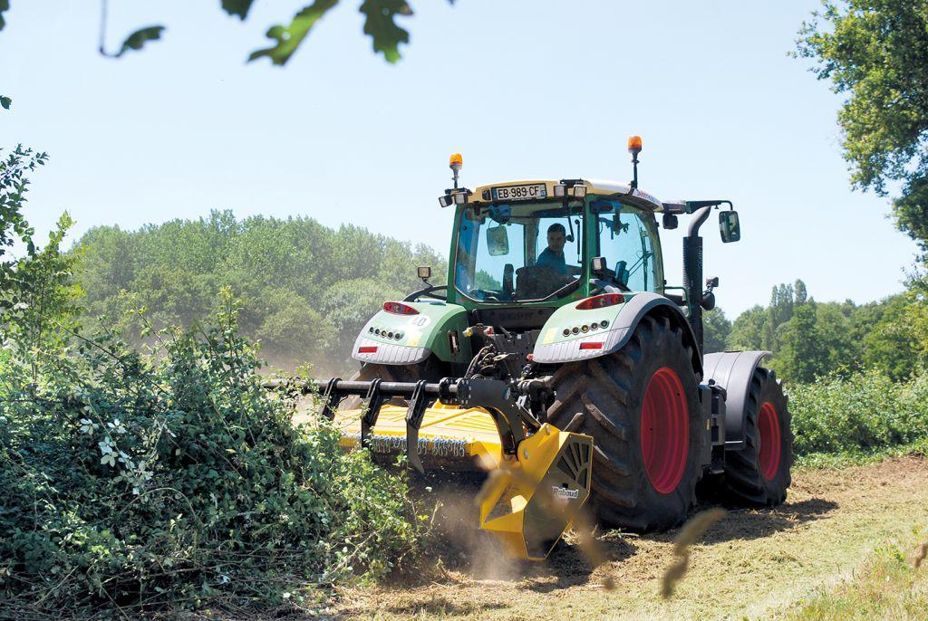 Troisième point tracteur en hydraulique